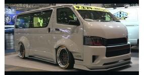 Toyota Hiace độ: Một cách chơi xe van của người Nhật Bản